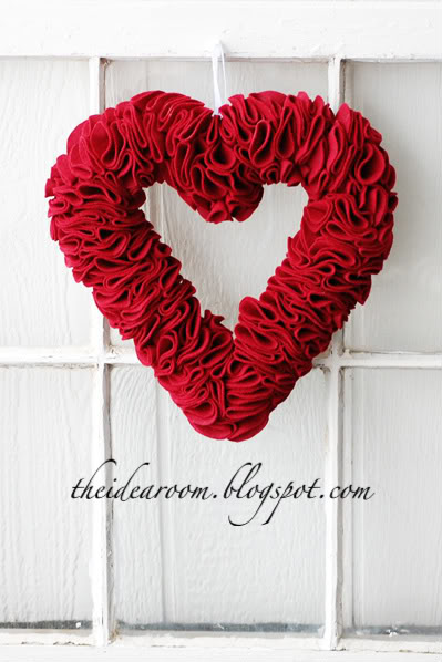 Easy Valentine's Day Wreath Ideas