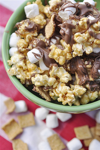 Homemade S'mores Popcorn