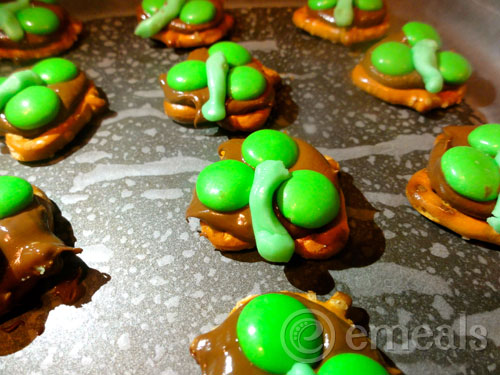 Chocolately Pretzel Treat for St. Patrick's Day