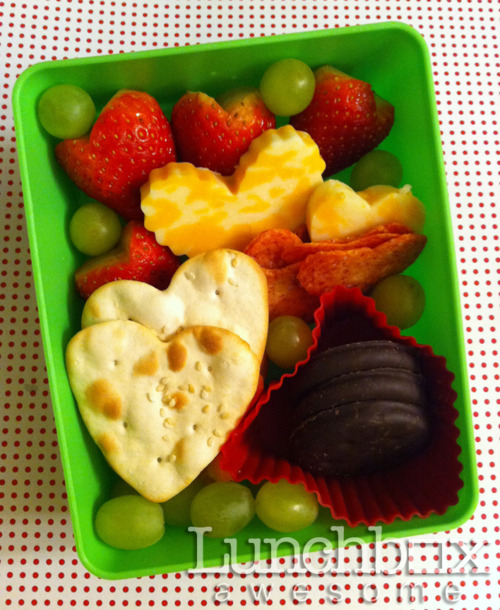 Lots of Heart Valentine's Day Lunch Idea