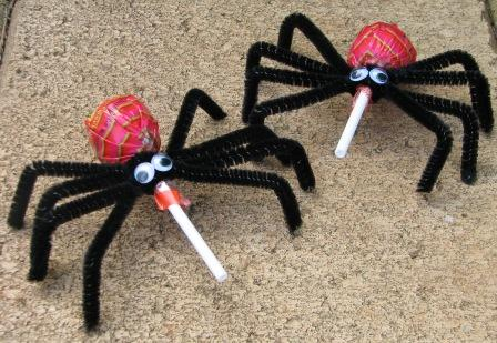 tootsie roll spider party favors - Diy Halloween Favors